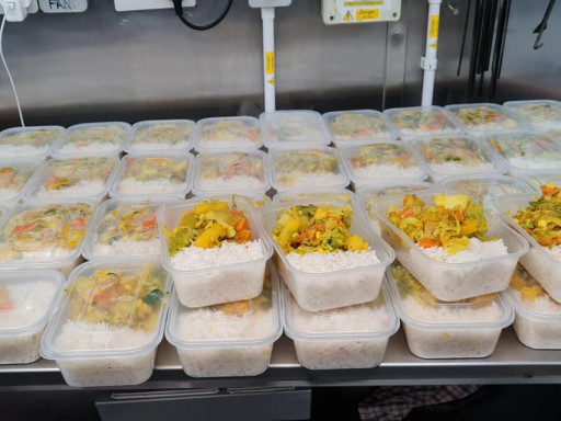 Free meals for City Hall volunteers